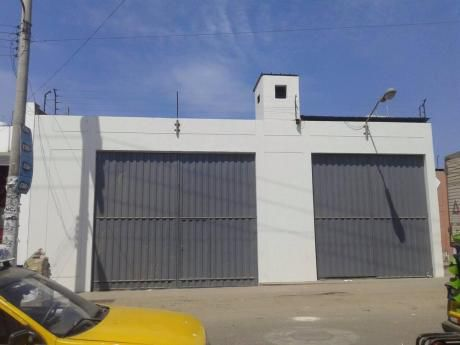 Alquilo Almacén Industrial De 950 M2 En Av Pucara - Trujillo