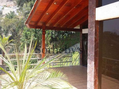 Exclusiva Casa En Casuarinas Con Linda Vista