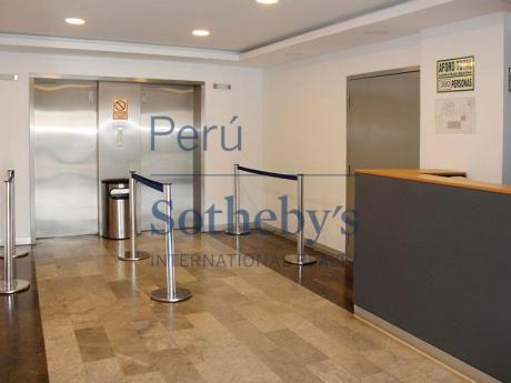 Elegante Y Acogedora Oficina Ubicada En El Centro Finaciero De San Isidro