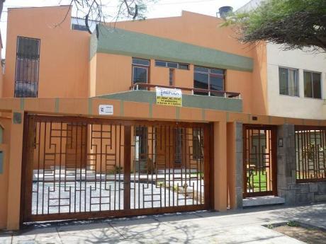 Bonita Casa De At: 360 M2, Calle 31 Corpac, 3 Dorm., Semi Repotenciada