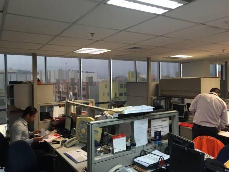 Alquilo Oficina Implementada Magdalena Limite Con San Isidro