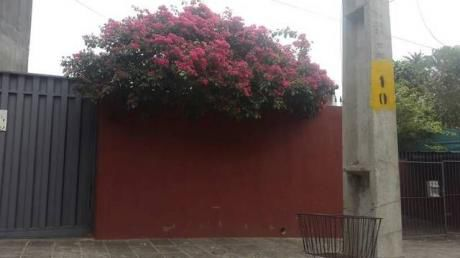 Confortable Chalet, Entre El Centro Y Villa Morra X 230.000ud