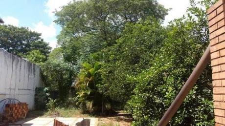En Esquina ,zona Residencial En Villa Adela Luque Venfo Terreno