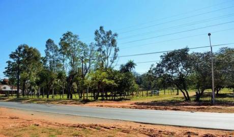Atención Ypane Vendo Sobre Ruta En Esquina 13.319 Mts2
