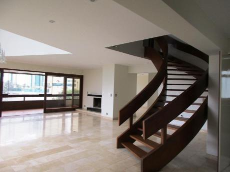 Alquilo Espectacular Penthouse - 632 M2 - Triplex - Vista Golf - Piso 5 - San Isidro