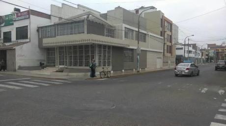Trujillo. San Andres. Vendo Residencia. 780 M2