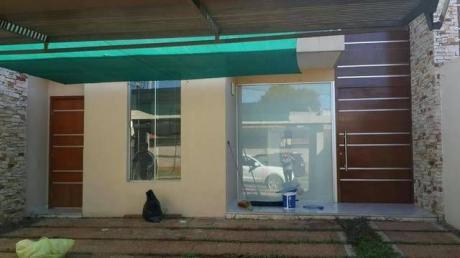 Alquilo Dúplex De 3 Dormitorios En Suite En El Barrio Mburucuya.