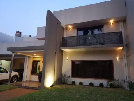Vendo Hermosa Casa Tipo Mansion En La Zona De Villa Aurelia