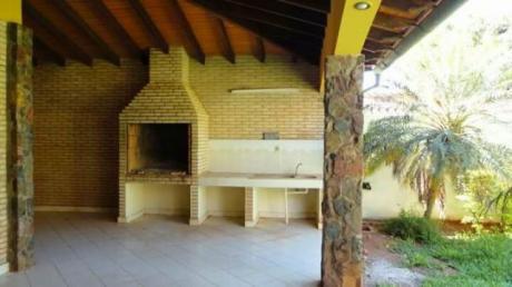 Alquilo O Vendo, Amplia Residencia, Dylan, Fdo De La Mora