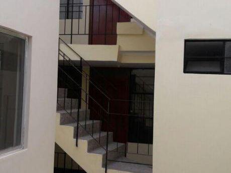 Oportunidad De Inversión Edificio De Cuatro Pisos En San Martin De Porres