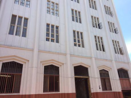 Edificio En Lima Cercado Ideal Para Hotel, Oficinas, Comercio, Restaurante