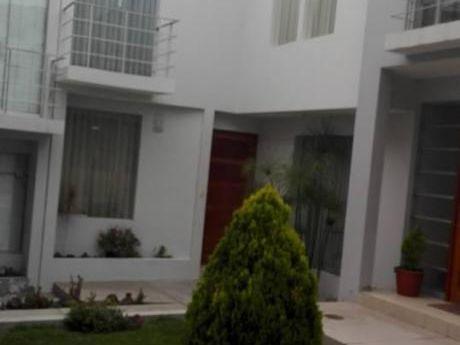 Linda Casa En Alquiler área 160 M2 En Quinta Privada De Cayma