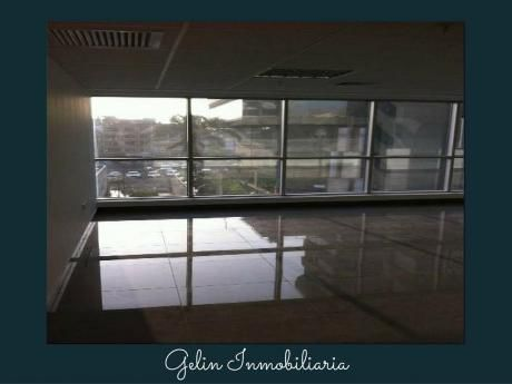 Alquilo Oficinas De Estreno Implementadas San Isidro
