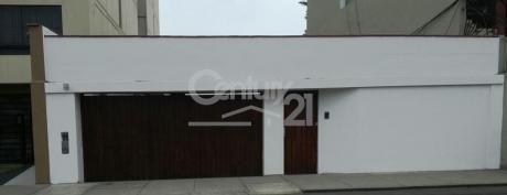 Casa/terreno En Venta En Av Pezet - San Isidro. - Eh