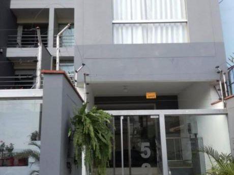 Alquilo Oficina En Enrique Palacios - Miraflores - Eh