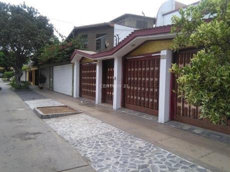 Venta - Casa En Los Rosales, Santiago De Surco - Hk