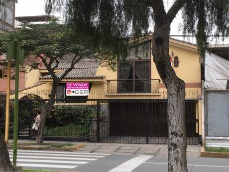 Excelente Oportunidad! Casa De 370 M2 En Av Casuarinas - Surco