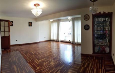 Moderno Departamento En San Isidro (calle 3 Corpac)