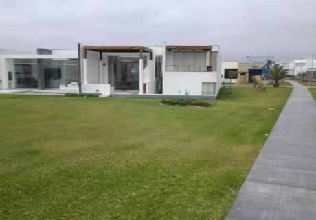 Se Alquila Impresionante Casa En Playa Gaviotas En El Km 99.9!