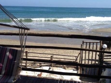 Departamento Amoblado Mancora En Playa Del Amor Primera Fila