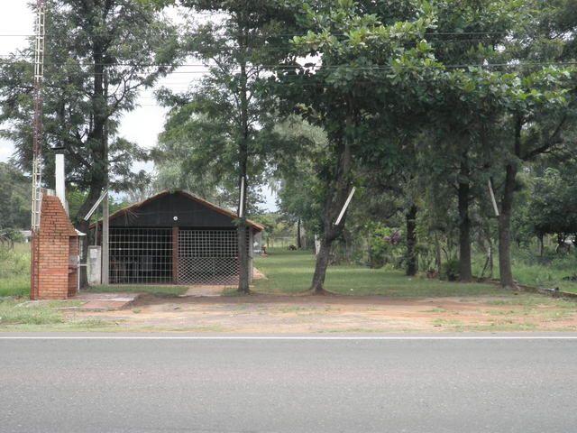 Vendo Terreno Sobre Asfalto En El Km 42,200,ruta 2, De 15 X 90 Mts(1.350 M2) Con Casona Para Negocio Y Otra Casa A Ref