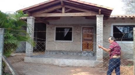Vendo Casa A Estrenar En San Lorenzo, Bº San Pedro.