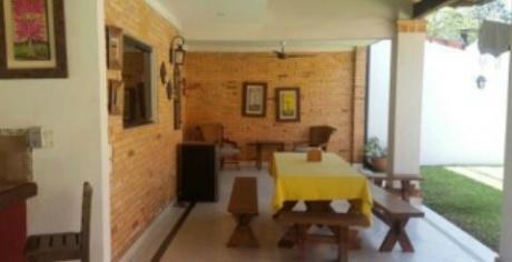 Vendo Casa Zona Colegio De Asuncion