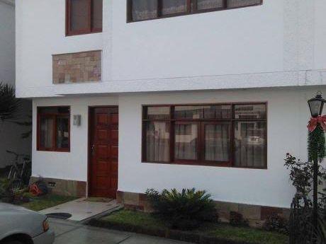 Vendo Casa En Monterrico