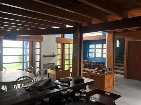 Casa Punta Hermosa, Zona Miramar, Calle Tranquila, Venta