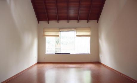 Se Alquila Duplex En Chacarilla - Dos Dorm.