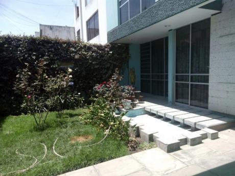 En Venta Bonita Casa En Urb. Adepa