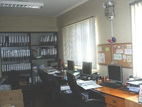 Venta De 2 Locales Comerciales En Av Aramburu – San Isidro