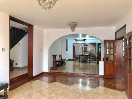 Alquilo Casa Para Empresas O Negocios En Av Fatima - Trujillo