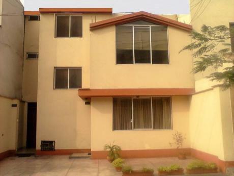 Casa En La Molina (cuadra 21 Del Corregidor) Excelente Ubicación