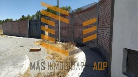 Mas Inmobiliaria Aqp Alquila Estupendo Almacén Industrial - Cerro Colorado