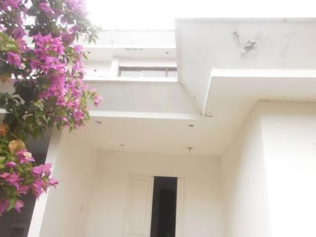 Superficie Del Terreno 507 Mts2 Vendo Residencia Por Viaje, Con Suma Urgencia