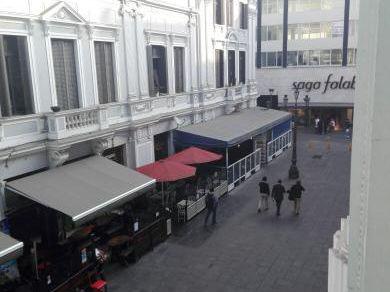 Alquiler Local En 2do Piso, Zona De Alto Tránsito, Pasaje Olaya - Centro De Lima