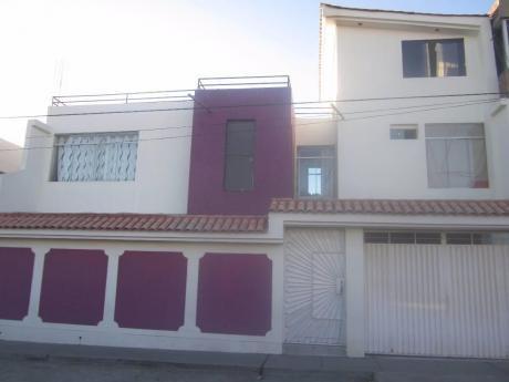 Excelente Casa En Venta Villa Eléctrica (1000 Us$ M2)