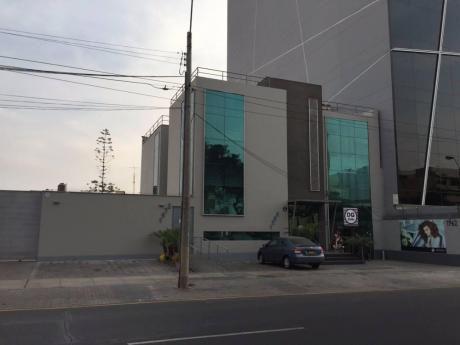 Alquiler De Local Comercial En Miraflores (id 53069)