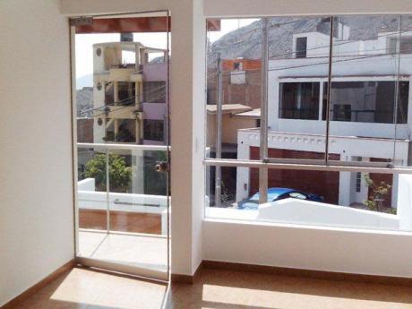 Hermosa Casa Con Diseño Moderno Y Acabados De Primera.
