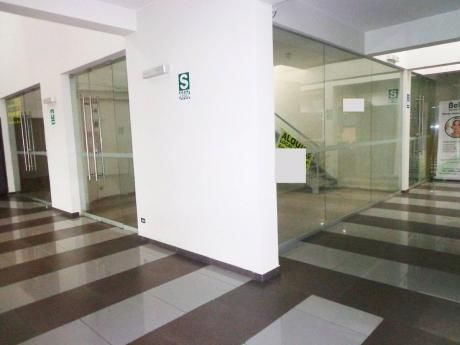 Local Comercial Duplex 74 M2 En Aurora De Miraflores.