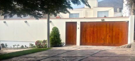 Id - 62530 Exclusiva Casa En La Molina Con Bonitos Acabados!