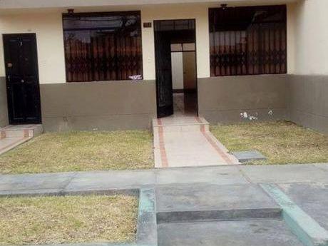 Alquiler Casa 04 Dorm. 03 Baños