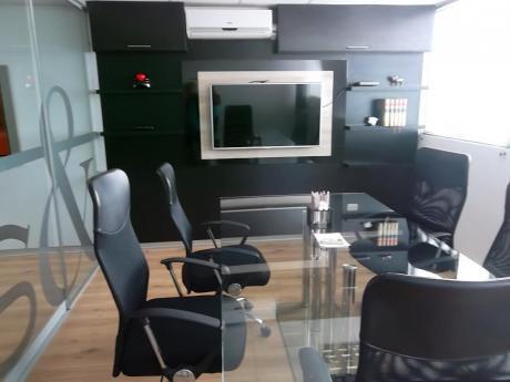 Moderna Oficina, San Borja, Venta