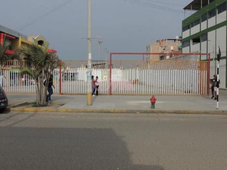 Terreno En Venta En Zona Comercial De Chiclayo (cvilchez)