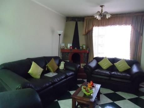 Ahas Inmobiliaria Vende Casa Cerca Al Parque Los Coritos - Jlbyrivero, 03 Pisos