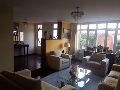Ahas Inmobiliaria Vende Casa De 02 Pisos De 238 M2 En Umacollo