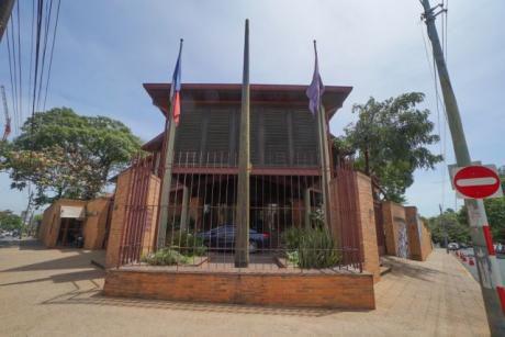 Se Vende El EmblemÁtico Edificio De La Embajada De Francia