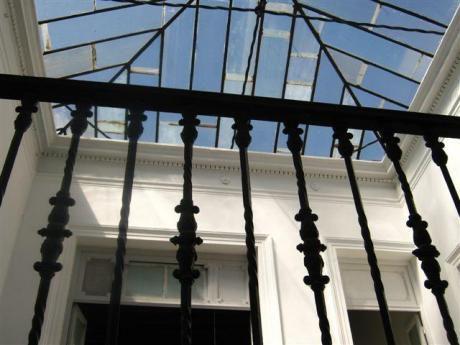 Casa En Venta O Alquiler En Ciudad Vieja De Montevideo.