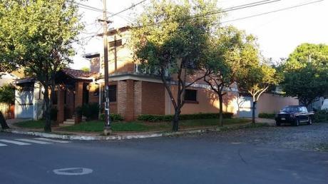 Alquilo Casa En Asuncion, Barrio Nazareth